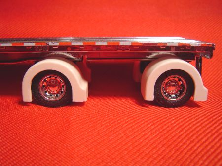 Custom Show Spread Axle Flatbed Trailer Full Fenders (Resin)
