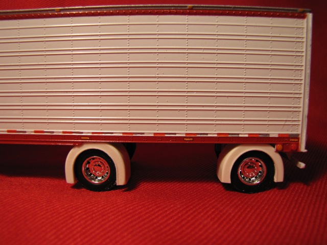 Spread Axle Van/Reefer Trailer Full Fenders (Resin)