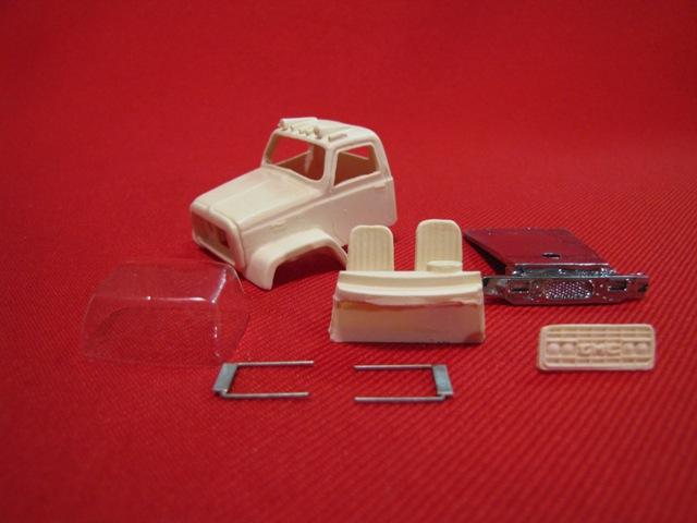 GMC 9500 Short Hood (Universal Frame/DCP 9100 Frame)